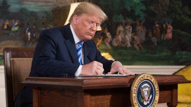 صورة ترامب ينهي سياسة فصل أطفال المهاجرين عن ذويهم