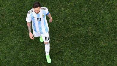 صورة تقليد جديد .. دقيقة صمت حدادا على هزيمة المنتخب الأرجنتيني