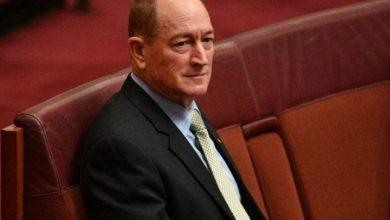 صورة أستراليا : مئات الآلاف يطالبون بطرد النائب العنصري من البرلمان