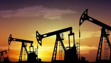 صورة كورونا يجبر منتجي النفط على خفض الإنتاج بسبب تراجع الطلب والأسعار