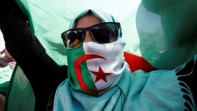 صورة الجزائر :تواصل الحراك الشعبي وسط أجواء يسودها الغموض عقب تأجيل الانتخابات