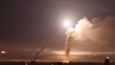 صورة هجوم صاروخي إسرائيلي على دمشق وحمص يسفر عن مصرع 4 أشخاص