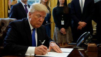 ترامب يوقع قانونًا بإنفاق 1.4 تريليون دولار لتفادى إغلاق الحكومة