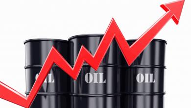 """صورة ارتفاع أسعار النفط مع تمديد """"أوبك"""" لتخفيضات الإنتاج"""