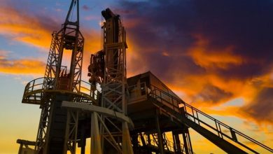 صورة توقف نحو 70% من إنتاج النفط في خليج المكسيك بأمريكا
