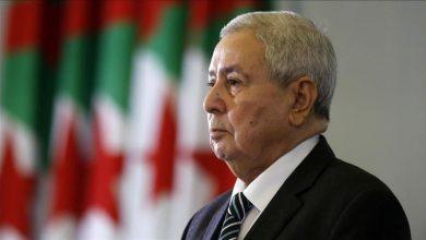 الرئيس الجزائري يقيل وزير العدل