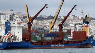 صورة هل تضطر الجزائر للعودة لسيناريو الاقتراض الخارجي لإنقاذ اقتصادها؟