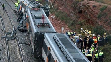 إصابة 27 شخصًا إثر خروج قطار عن القضبان في كاليفورنيا