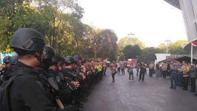 صورة قتيلان باحتجاجات طلابية عنيفة في إندونيسيا
