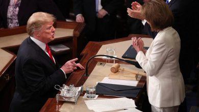 ترامب يلتقي بيلوسي لأول مرة منذ بدء تحقيق العزل بحقه
