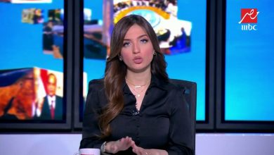 مذيعة تلطم على الهواء بسبب ألف دولار.. (فيديو)