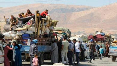 صورة فرار أكثر من 130 ألف شخص من الشمال السوري بعد الهجوم التركي