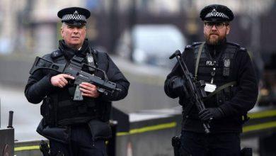 صورة زوجة دبلوماسي أمريكي تغادر بريطانيا بعد اشتباه في جريمة قتل