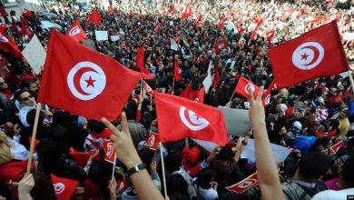 9 سنوات على الثورة التونسية.. حصاد المكاسب والخسائر