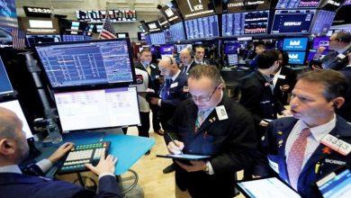 """""""كورونا"""" المميت يهوي بالأسهم الأمريكية مع بداية التعاملات"""