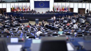 صورة معركة لفتح الحدود في أوروبا وإيطاليا تصرخ: لا تعاملونا كمستعمرة جذام