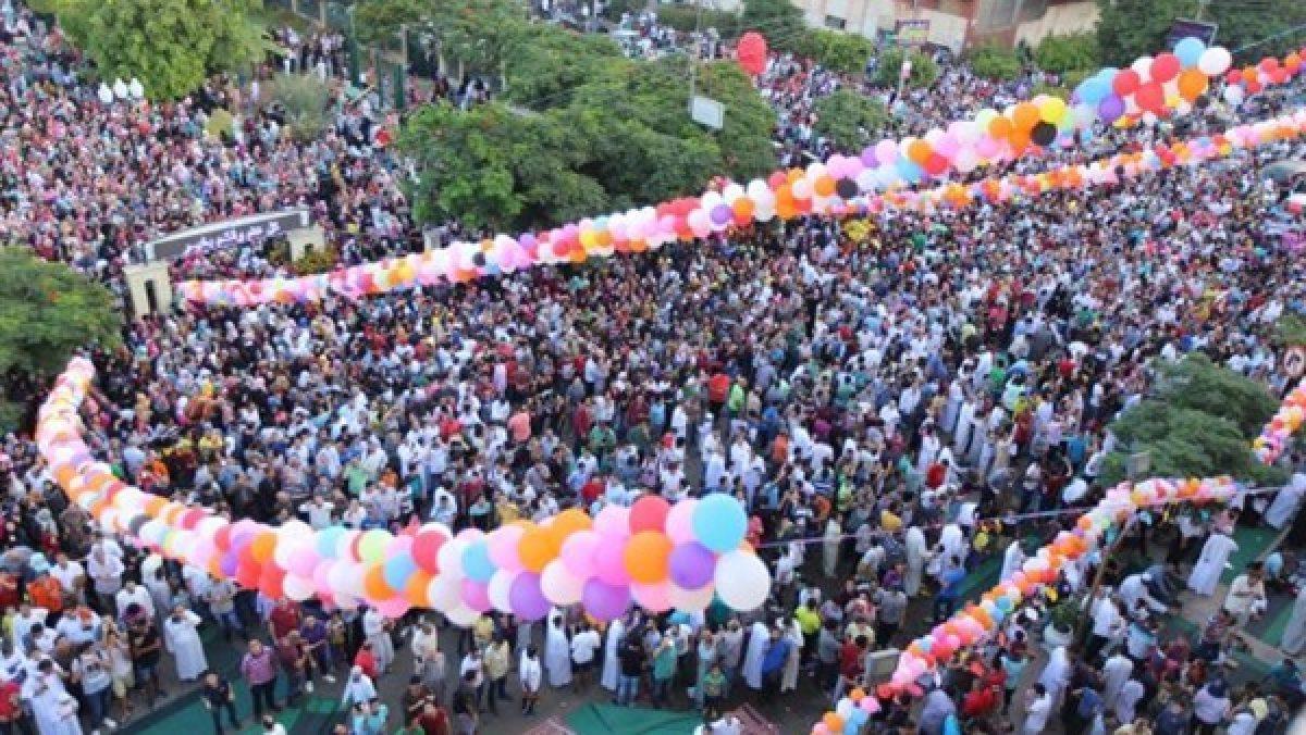 العيد في زمن كورنا.. احتفالات خلف الجدران وفرحة تخفيها الكمامات