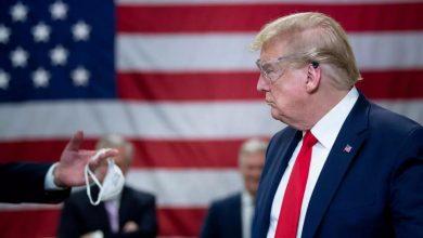 ترامب وكورونا.. نظرية المؤامرة والبديل