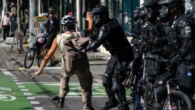 صورة الاحتجاجات تعود للعنف.. قتلى وإصابات واعتقالات في سياتل وتكساس
