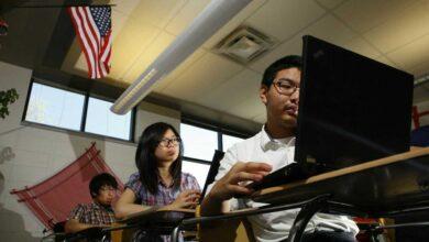 صورة لماذا ترفض أمريكا منح طلاب الصين تأشيرات الدخول إليها؟
