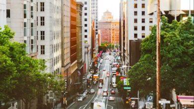 كاليفورنيا أول ولاية تحظر بيع السيارات التي تعمل بالبنزين