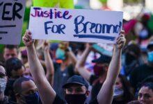 صورة إعلان حالة الطوارئ في لويزفيل تحسبًا للحكم في قضية بريونا تايلور