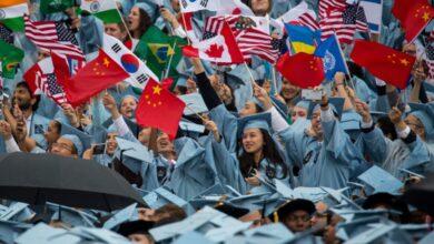 صورة إدارة ترامب تستهدف الطلاب الدوليين مرة أخرى بقاعدة جديدة!