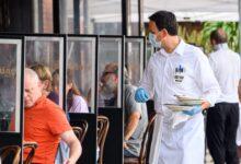 صورة بسبب كورونا.. مطاعم نيويورك تفرض رسومًا إضافية على الفواتير!