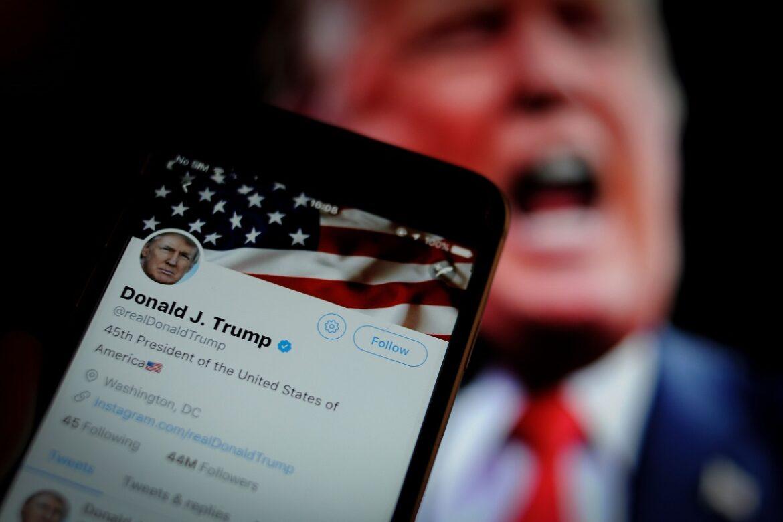 """موجة سخرية من مرض ترامب و""""تويتر"""" يحذر من يتمنّون وفاته"""