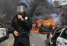 صورة حظر تجول في فيلادلفيا عقب أعمال نهب واضطرابات واسعة