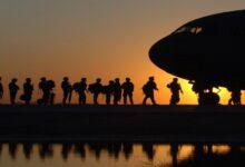 صورة الجيش يغادر أكبر قواعده في أفغانستان ورئيس الأركان يتحدث عن شروط للانسحاب