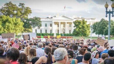 تحقيق في استخدام حملة ترامب للبيت الأبيض وبايدن يستعد لمعركة المحاكم