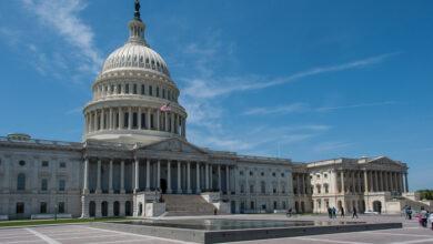 مجلس الشيوخ يوافق على البدء في مناقشة حزمة تحفيز بايدن