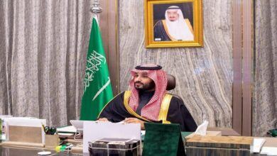 سعوديون يسخرون من تقرير الاستخبارات.. والمملكة تعتبره إساءة لقيادتها