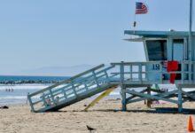 رجل يحاول دفن زوجته حية في رمال شاطئ كاليفورنيا!